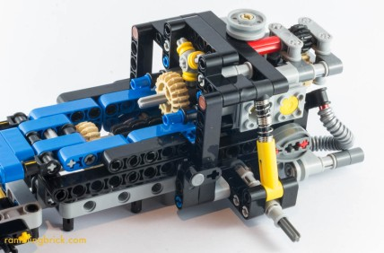 Finally Sorted: 40th Anniversary 8860 Redux: The Classic Technic Car
