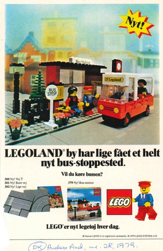 LEGOLAND CITY has just got a brand new bus stop. Will you drive the bus?