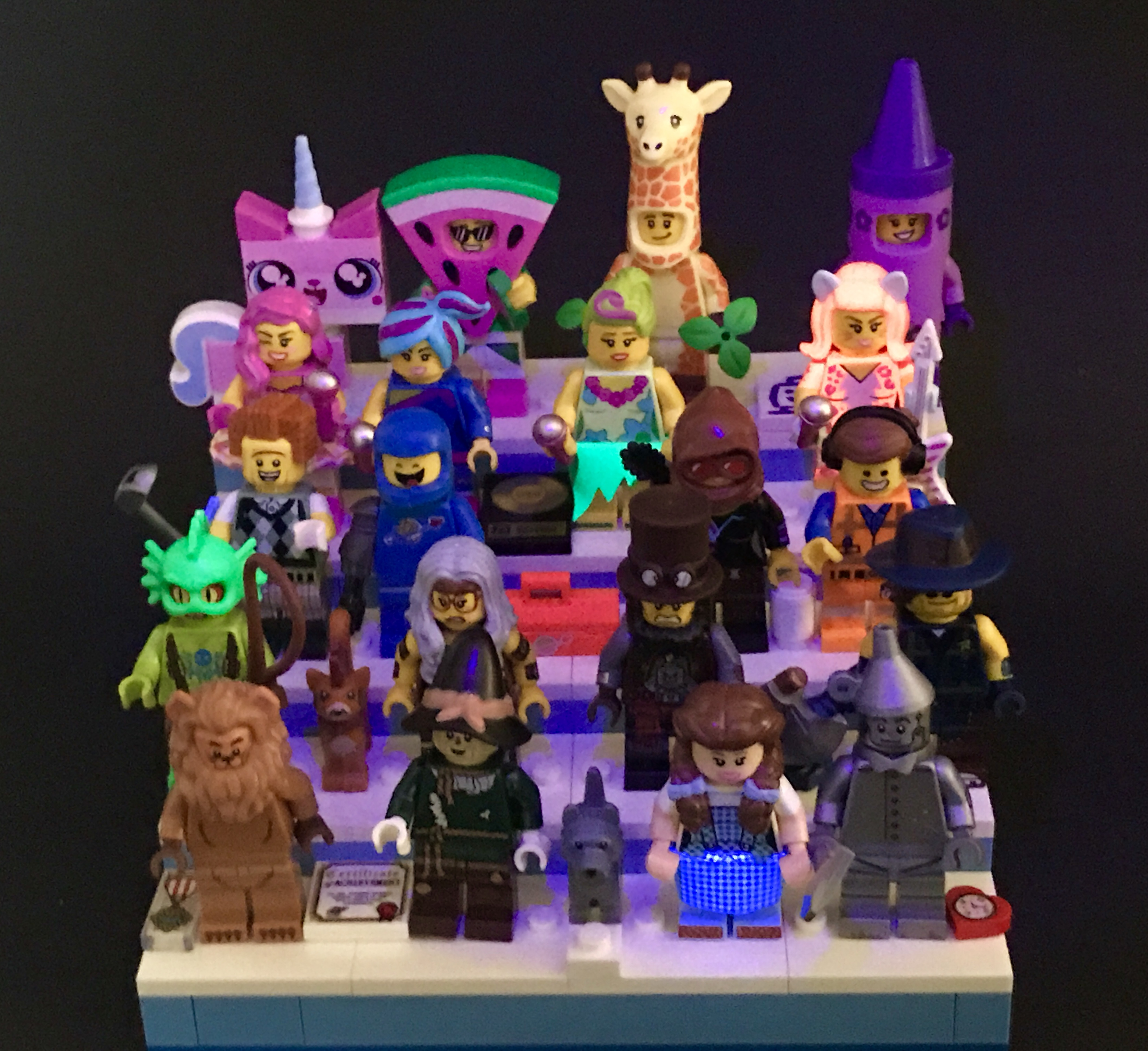 Looking At The Lego Movie 2 Collectable Minifigures In A New Light Uv Review 71023 The Rambling Brick